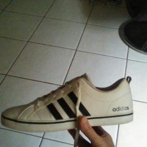 Mens adidas casual classic sneakers